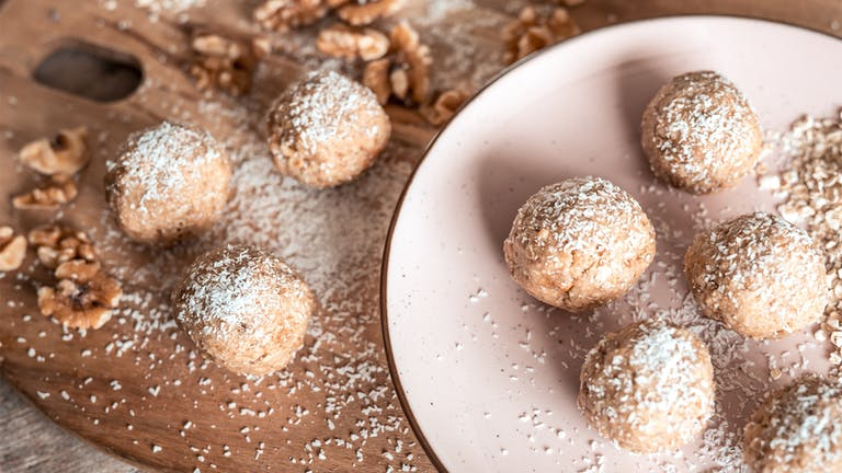 Healthy snack: Energy Balls!