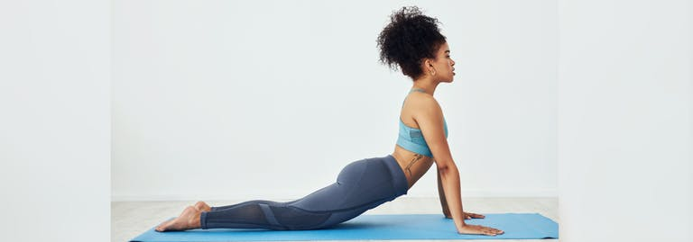 Thuis je rug trainen: 6 oefeningen